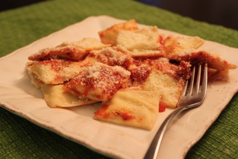 FS -- Homemade Cheese Ravioli 055