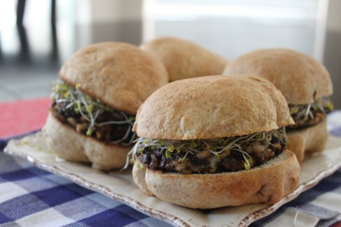 FS-  Mushroom Barley Burgers 037