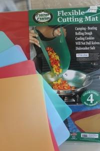 Pressing tortillas (2)