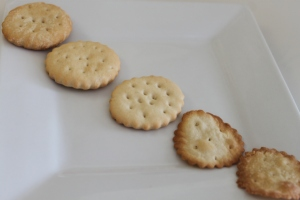 Homemade Ritz Crackers (6)
